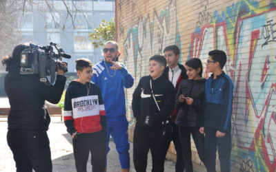 """Joves dels projectes socials de Salesians participen en """"Fills de La Mina"""", el rap per combatre prejudicis"""