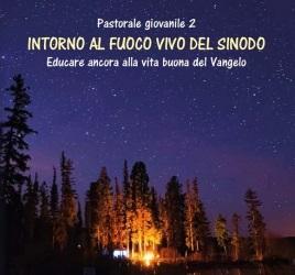 Junto al fuego vivo del Sínodo: nova publicació del salesià Rossano Sala