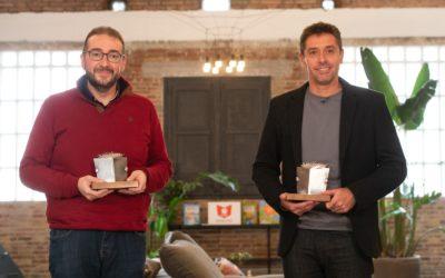 Juan Ramón Santos i Pablo Gutiérrez,  guanyadors de la XXIX edició del Premi edebé
