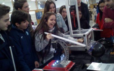 Les Escoles Salesianes se sumen al Dia internacional de la Dona i la Nena a la Ciència