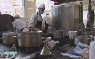 La cuina rescata joves vulnerables a Ciutat Meridiana
