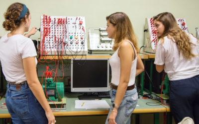 Engineering by Doing, el tret distintiu de l'EUSS, celebra el desè aniversari com a model educatiu consolidat