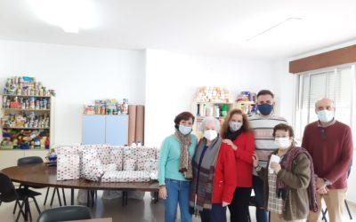La Asociación de María Auxiliadora de Marbella colabora con alimentos y juguetes con las familias más desfavorecidas