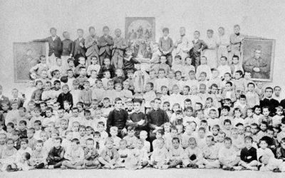 """Imagen histórica: """"Esta es la casa más parecida a Valdocco"""", Juan Cagliero a Don Bosco"""