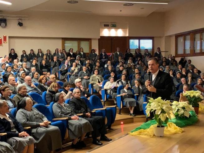 """""""La política del Padre Nuestro"""": Presentación del Aguinaldo 2020 del Rector Mayor"""
