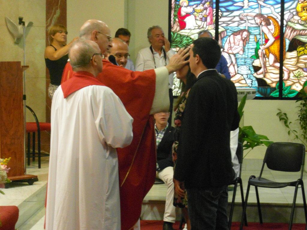 Alcoy acoge el acto del sacramento de la Confirmación de 21 jóvenes