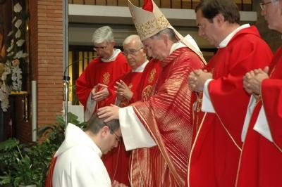 José Luis Navarro, nuevo sacerdote salesiano
