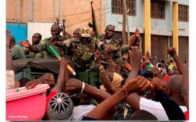 """«Estamos todos bien, pero preocupados por las consecuencias de la revuelta militar en Malí"""""""