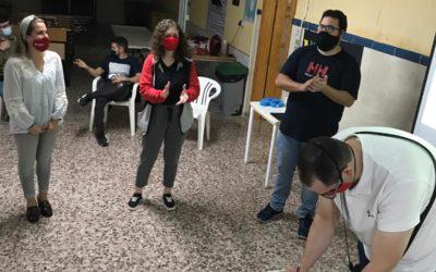 El centro  juvenil Áncora y la Federación de centros juveniles firman un convenio de colaboración