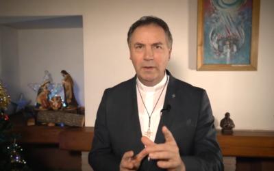 Saludos navideños del Rector Mayor: «Dios camina con nosotros»