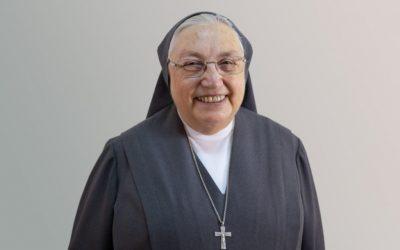 La Madre Yvonne Reungoat recibe la más alta distinción francesa