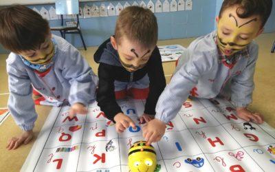 La Bee-Bot en las aulas de infantil de Salesianos Huesca