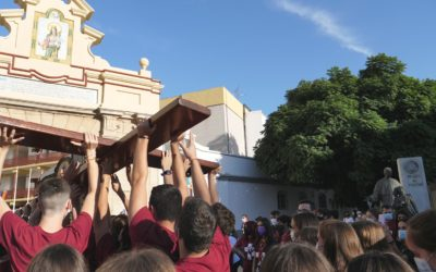 Los jóvenes de las casas salesianas reciben a la Cruz de la JMJ en su peregrinación por España